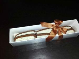 Cutii pentru biscuiti cutii biscuiti carton alb Cutii biscuiti carton alb cutii carton biscuiti cu cocos 1153 1 300x225