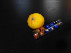 Cutii rotunde pentru bomboane cutii rotunde bomboane Cutii rotunde bomboane cutii cilindrice pentru bomboane preambalate 1567 11 300x225