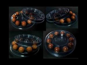 Cutii rotunde cu chesa pentru bomboane