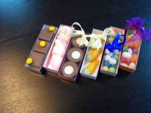 Cutiute bomboane cutiute cu capac bomboane Cutiute cu capac bomboane cutiute plastic bomboane 1177 3 300x225