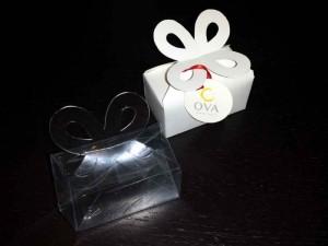 Cutiute pentru bomboane cutiute cu clapa bomboane Cutiute cu clapa bomboane cutiute plastic pentru bomboane marturii nunta 1568 2 300x225