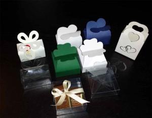 Cutiute pentru bomboane cutiute cu clapa bomboane Cutiute cu clapa bomboane cutiute plastic pentru bomboane marturii nunta 1568 3 300x234