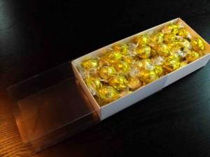 Cutii pentru bomboane preambalate