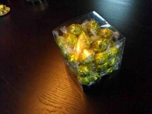 Cutii plastic pentru bomboane preambalate