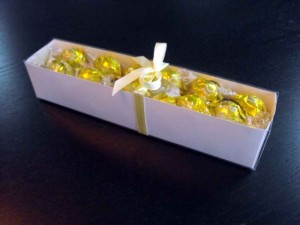 Cutii pentru bomboane cutii carton bomboane Cutii carton bomboane cutii carton alb bomboane 1094 1 300x225