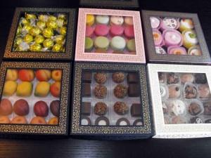 Cutii cu fereastra pentru bomboane