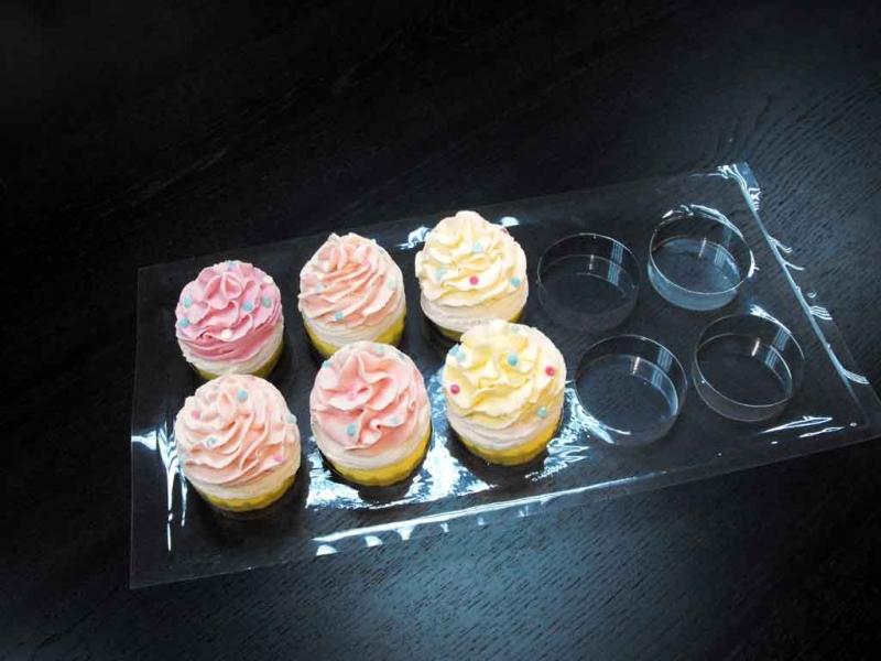 tavi transport cupcakes
