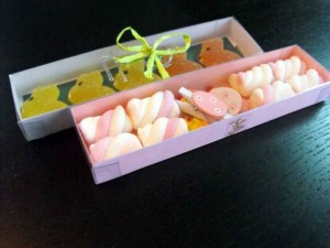 Cutii pentru marshmallow cutii figurine marshmallow Cutii figurine marshmallow cutie carton figurine marshmallow personalizate paste 1110 3 300x225