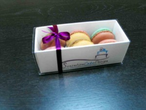 cutii inscriptionate macarons Cutii inscriptionate macarons cutii inscriptionate pentru macarons 1377 1 300x225