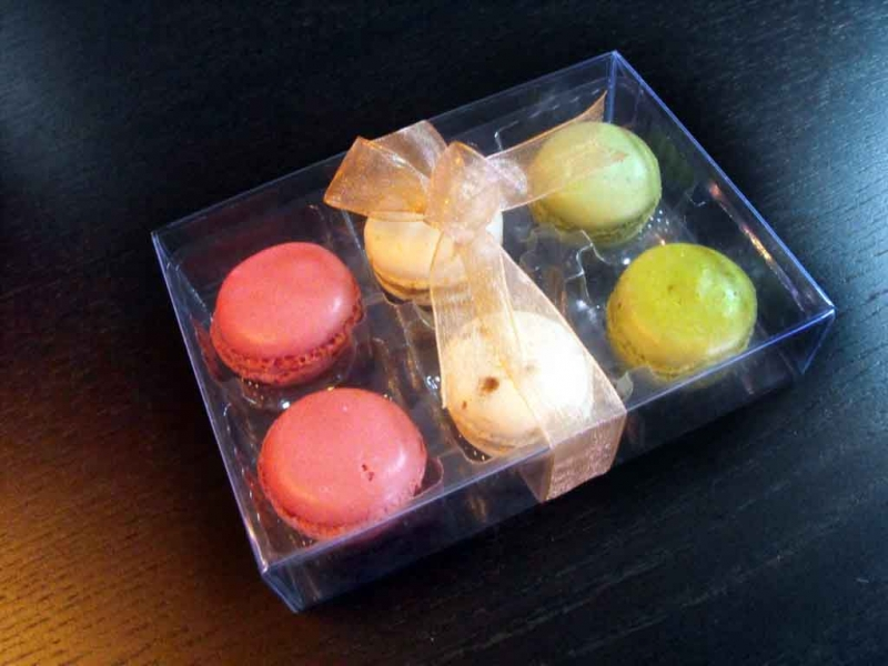 cutii plastic 6 macarons