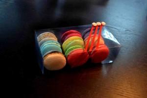 cutii-macarons-cutii-personalizate-macarons