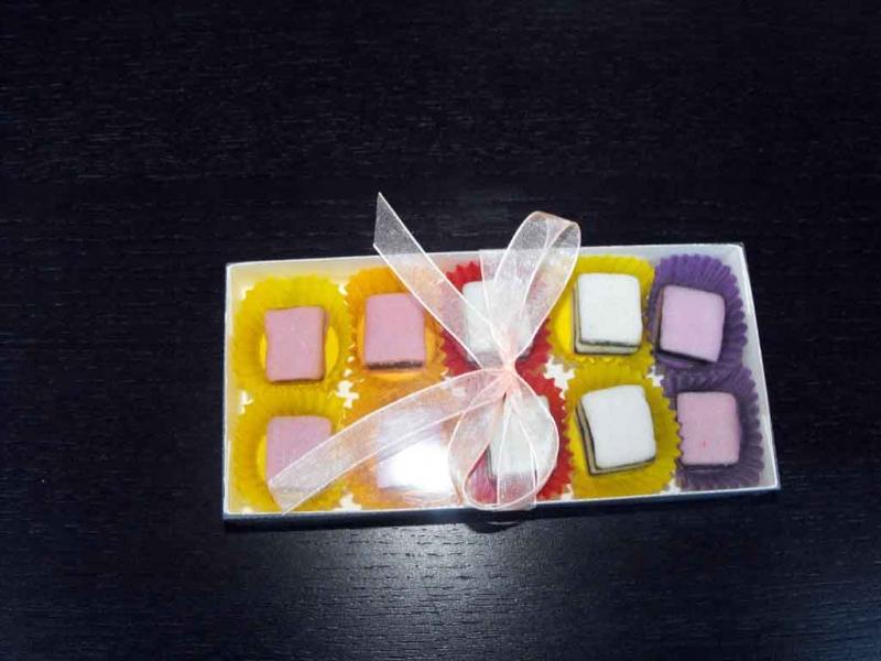 cutii carton bomboane cutii carton bomboane Cutii carton bomboane cutii carton personalizate pentru bomboane 1458 1