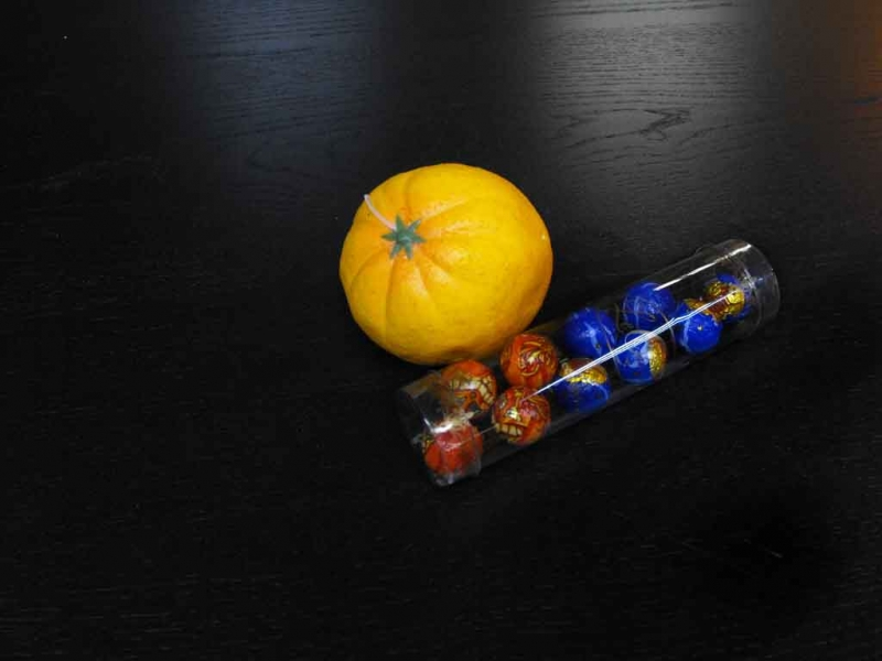 Cutii rotunde bomboane