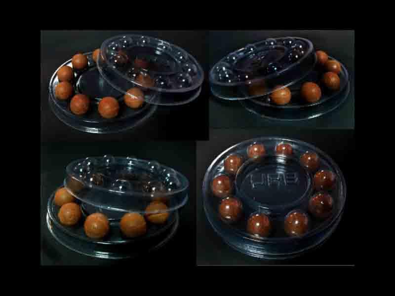 cutii bomboane rotunde cu chesa