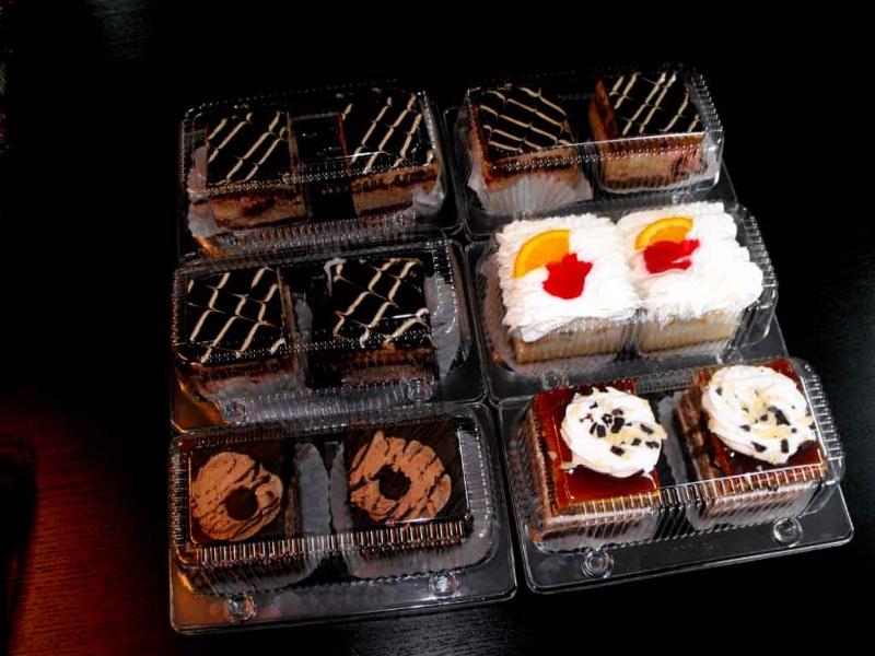 Caserole pentru prajituri caserole doua cupcakes Caserole doua cupcakes caserole compartimentate doua amandine 1082 5