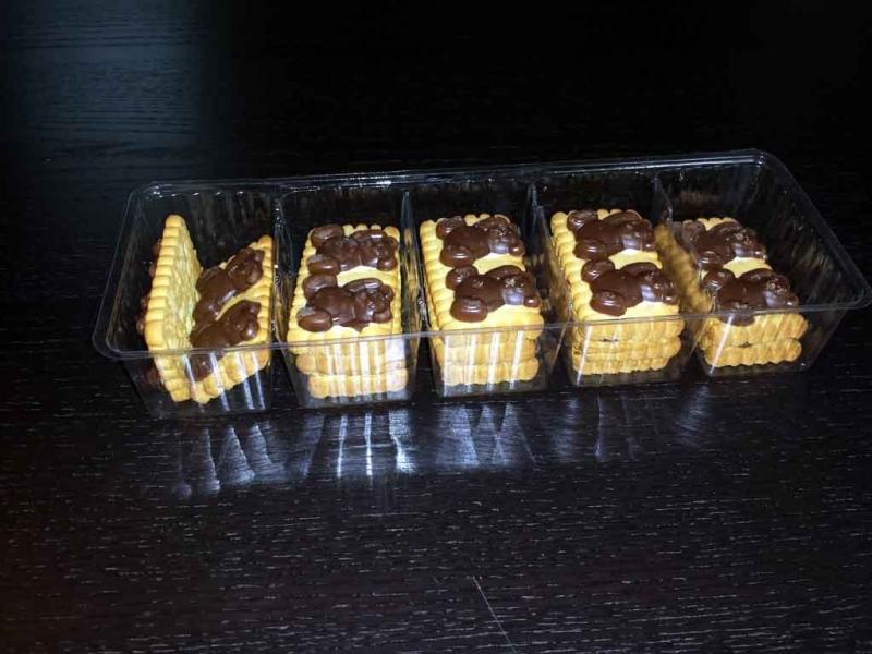 chese compartimentate biscuiti