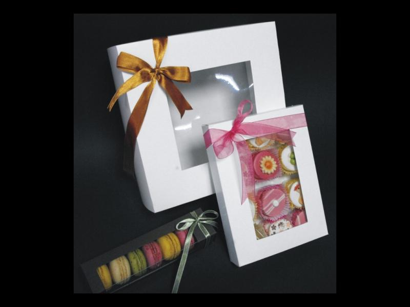 cutii cu fereastra dulciuri