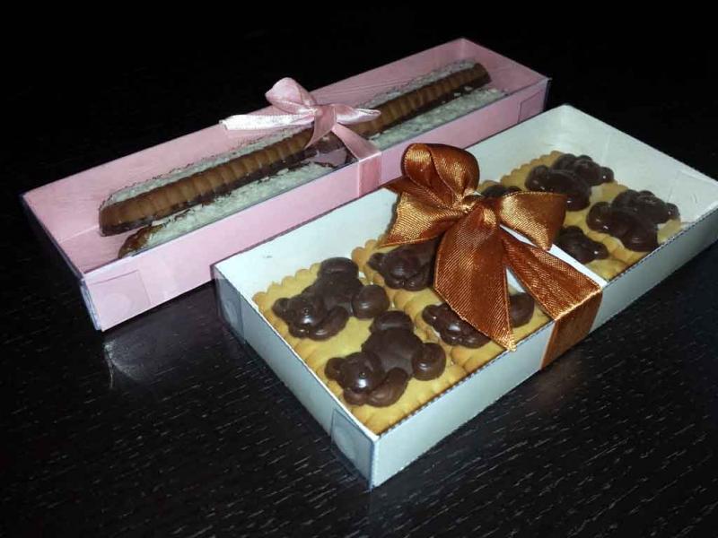 Cutii pentru biscuiti