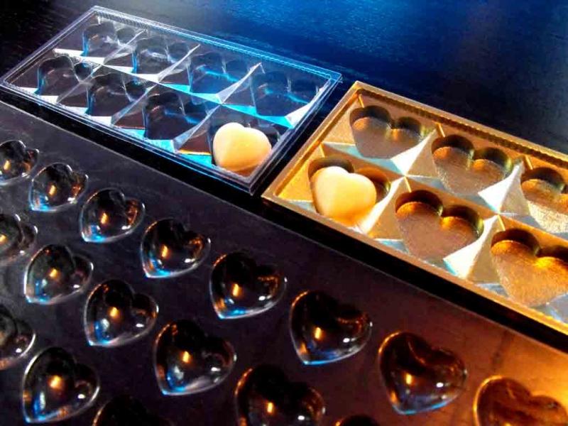 Forme pentru turnat ciocolata