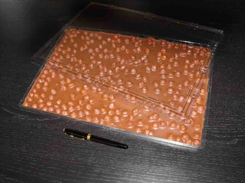 tavi cu capac ciocolata