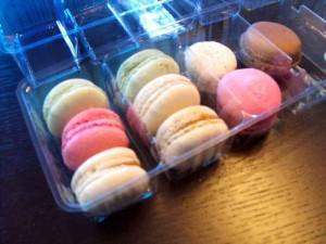 Chese coompartimentate pentru 15 macarons
