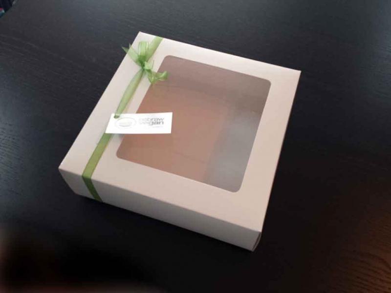 cutii cu fereastra torturi