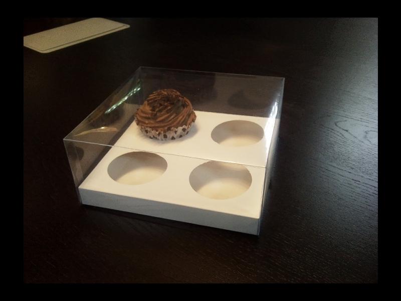 cutii muffins cutii muffins Cutii muffins cutii carton cu capac 4 muffins 452 1