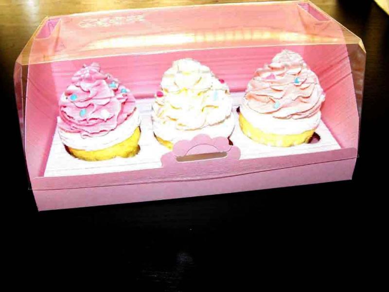 cutii carton prajituri cutii carton prajituri Cutii carton prajituri cutii carton pentru doua trei cupcakes 1408 16