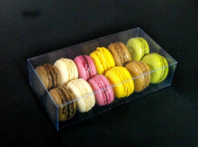 cutii plastic 12 Macarons
