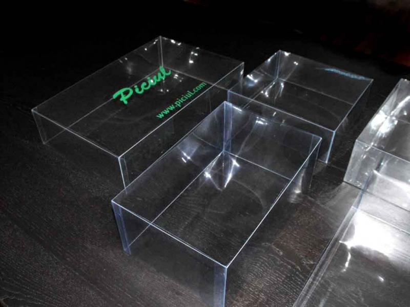 cutii-transport-torturi-mari-platouri-prajituri-si-miniprajituri-1571idCatProd14-21