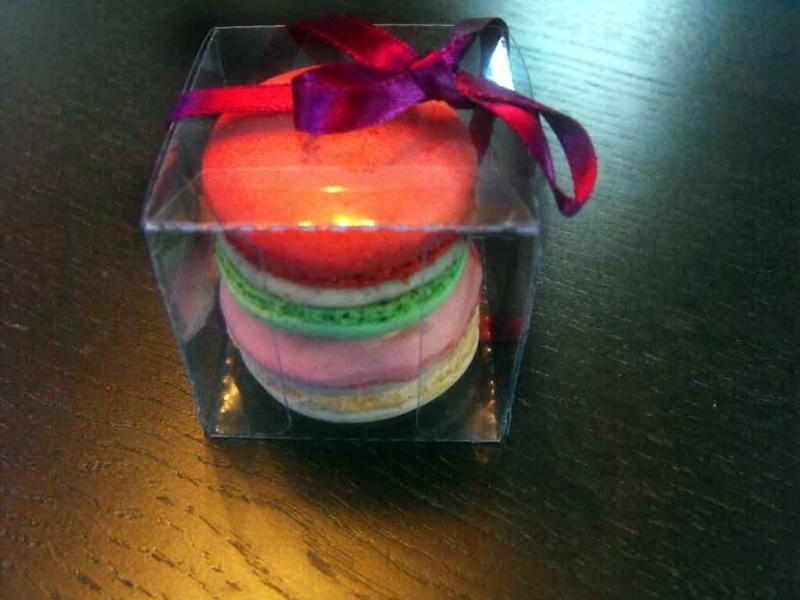 Cutiute plastic pentru 2 Macarons