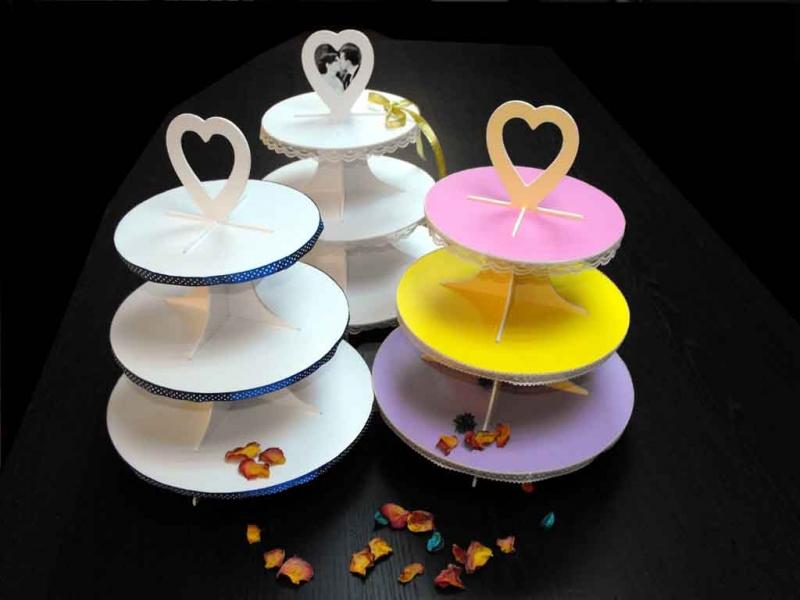standuri-penaStanduri pentru candy bartru-prezentare-cupcakes-macarons-miniprajituri-1558-2