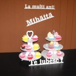 standuri cupcakes Standuri cupcakes, macarons, miniprajituri DSCF1006 150x150