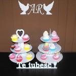 standuri cupcakes Standuri cupcakes, macarons, miniprajituri DSCF1011 150x150