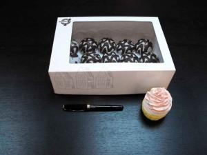 ambalaj carton personalizate Ambalaj carton personalizate cutii cu fereastra pentru turta dulce 1525 1 300x225