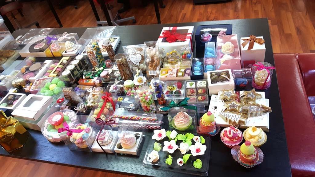 Cutii dulciuri cutii pentru dulciuri Cutii pentru dulciuri, prajituri, bomboane, praline Cutii dulciuri 1 1024x576