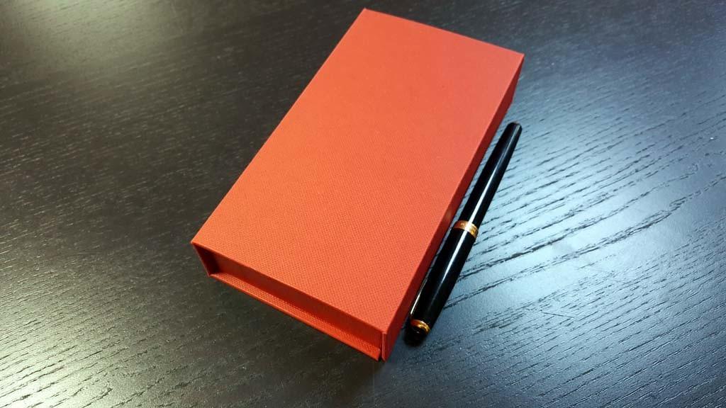 cutie de lux Cutie de lux pentru 8 praline Cutie de lux pentru 8 praline 6 1024x576