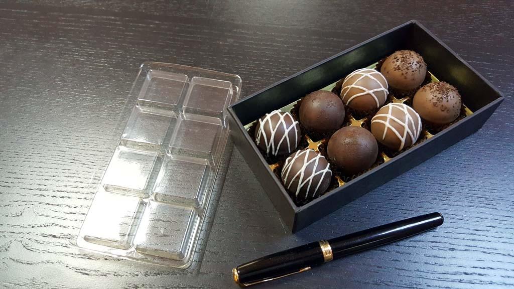 cutie pentru 8 bomboane Cutie pentru 8 bomboane Cutie pentru 8 bomboane 5 1024x576