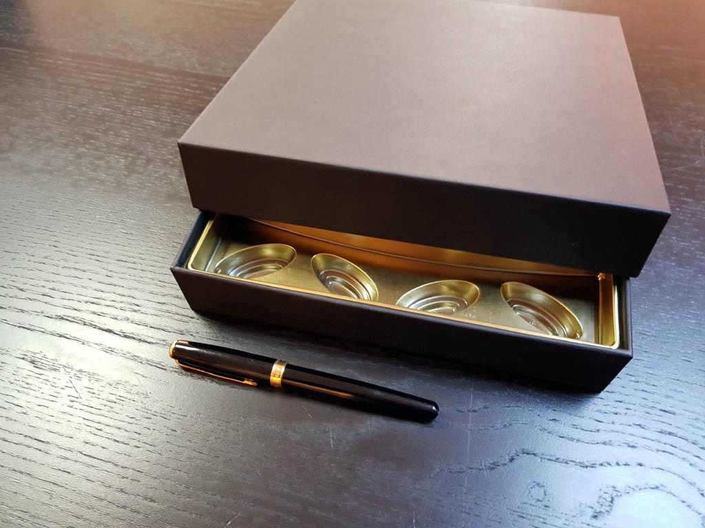 cutie rigda Cutie rigda cu capac pentru praline Cutie rigda cu capac pentru praline 4 1024x768