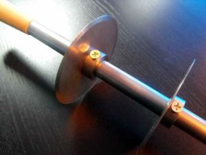 Dispozitiv cu discuri de taiere (cutite) pentru industria ciocolatei. Dispozitiv cu discuri de taiere (cutite) pentru industria ciocolatei dispozitiv cu discuri taiere tablete din ciocolata 1066 4 300x225