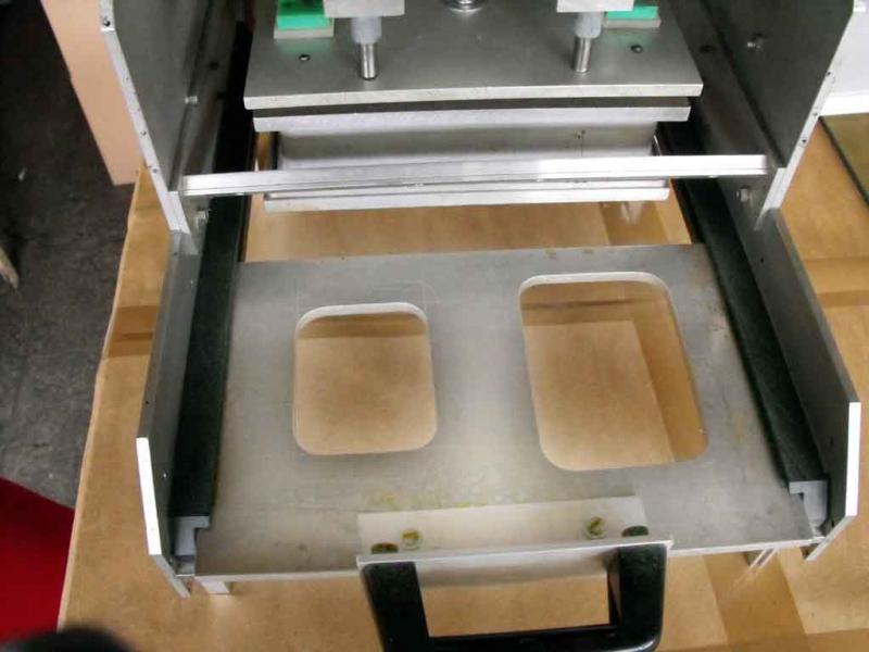 masina-termosudat-blistere-pe-carton-137-5