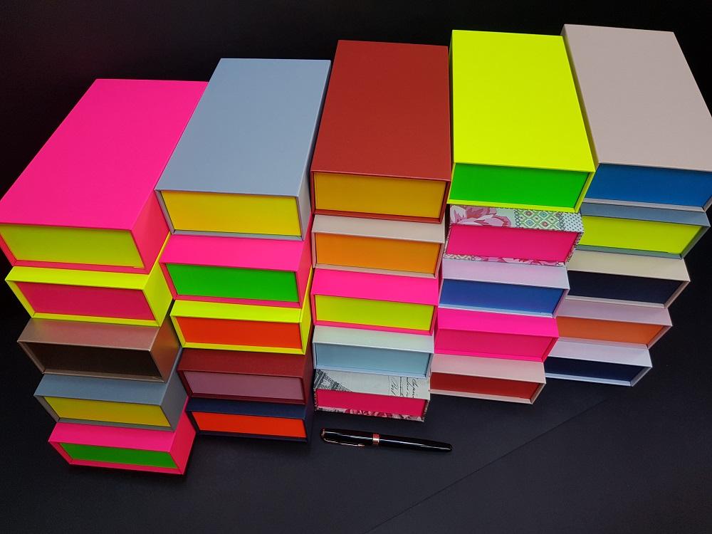 Cutii colorate cu magnet (model 6081) (3)