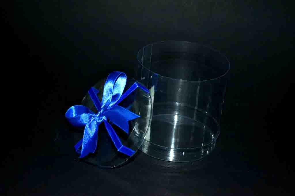 cilindru plastic transparenta cu funda albastra