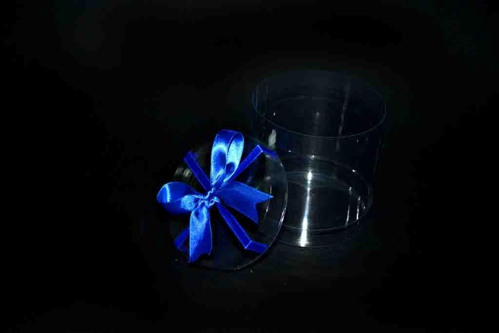 cutie rotunda plastic, cutie ovala plastic cu funda albastra